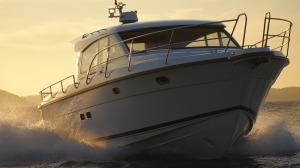 motor-yacht-634925_1920